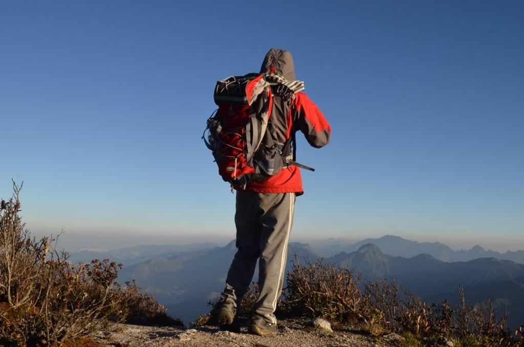 Balo và những món đồ trekking cần thiết