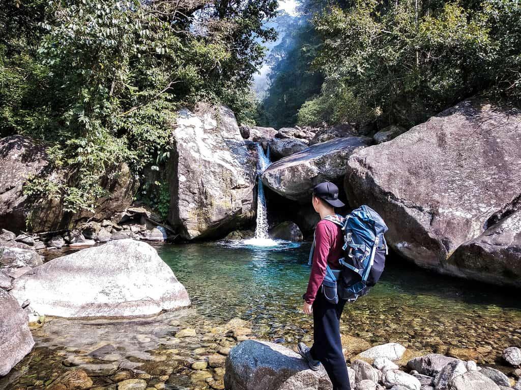 Suối Thầu trên đường đi trekking
