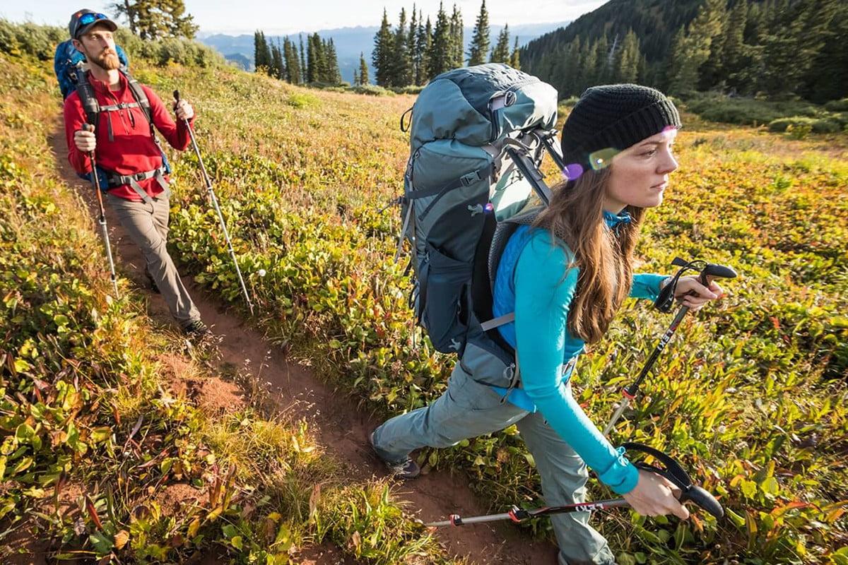 Những đồ trekking cần mang theo trong suốt hành trình