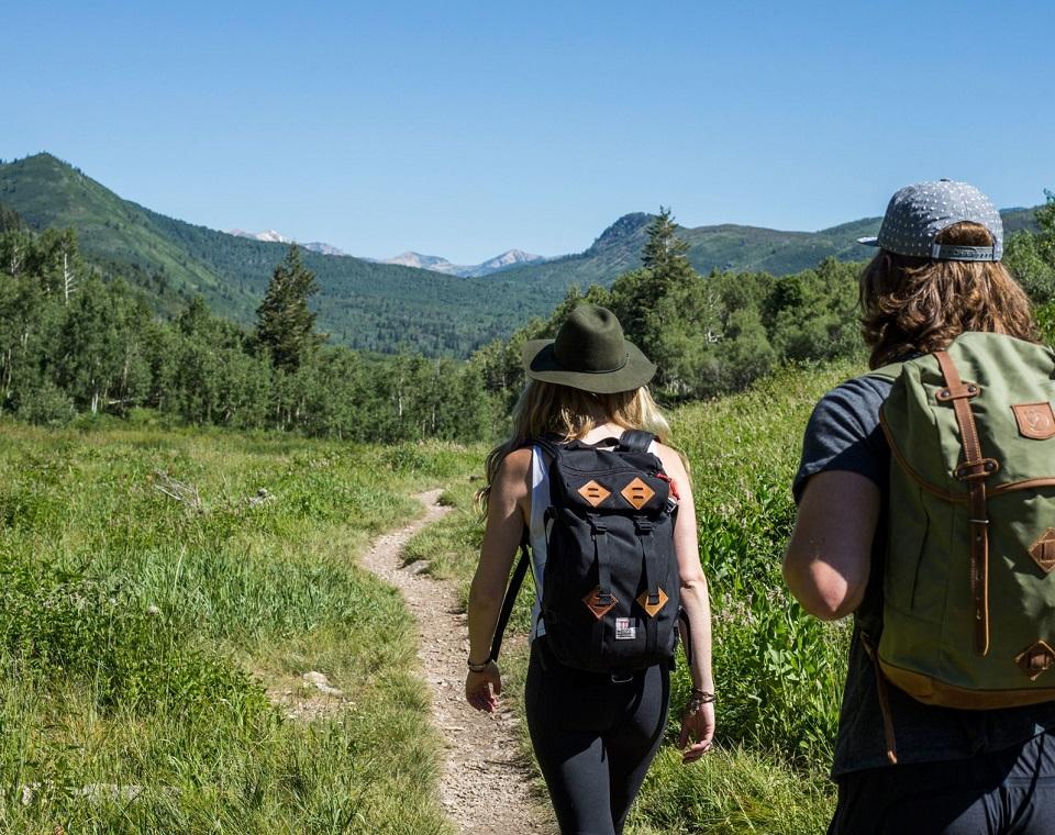 Hiking thường đi ít ngày nên không cần phải mang quá nhiều đồ đạc