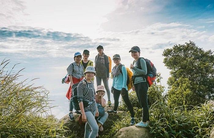 Hướng dẫn leo núi Bà Đen đường cột điện, Ma Thiên Lãnh, đường chùa…