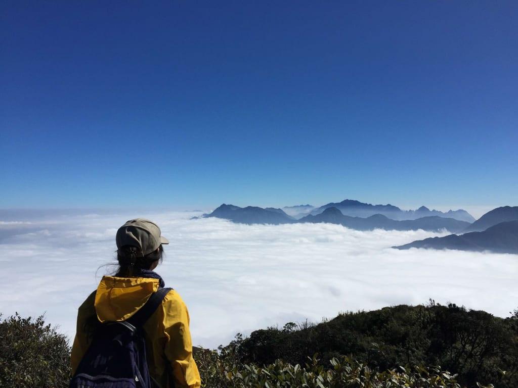 Săn mây trên đỉnh Bạch Mộc Lương Tử