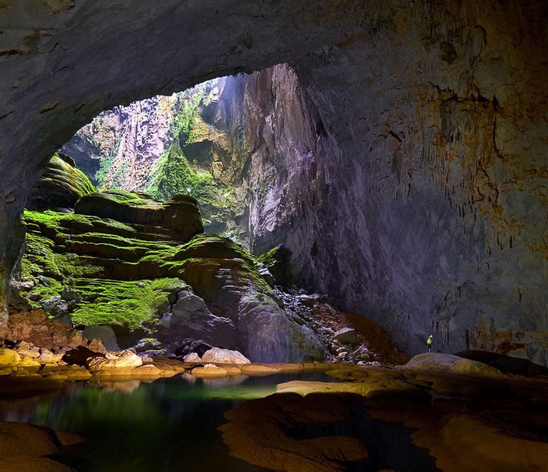 Bên trong hang động là một khung cảnh tuyệt đẹp