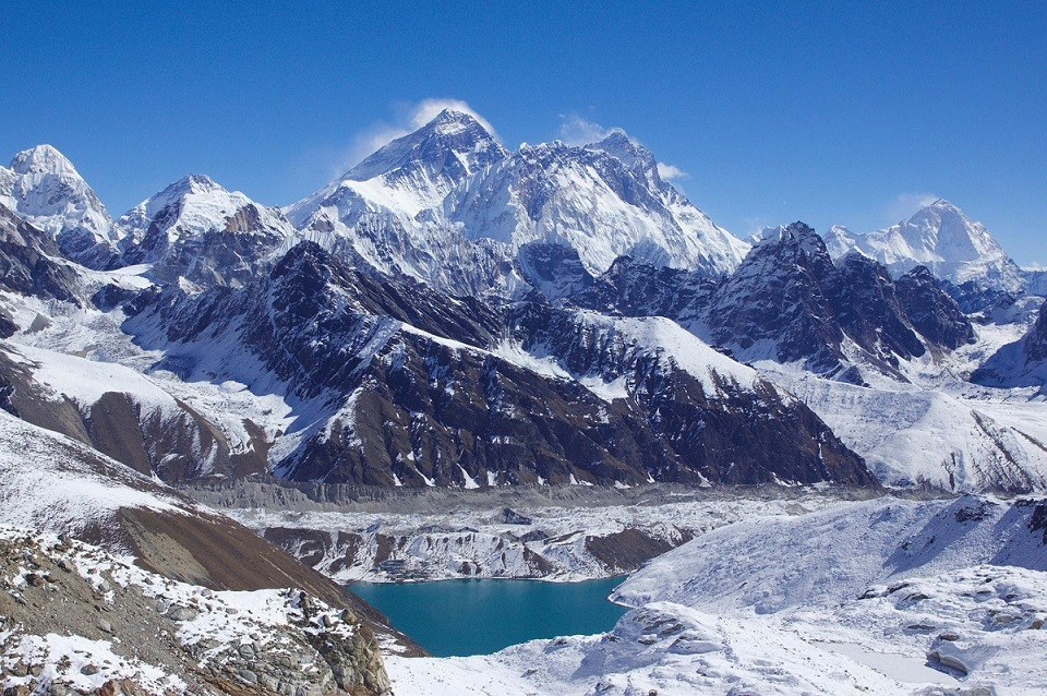 Lhotse với độ cao 8.516m là ngọn núi cao thứ 4 thế giới