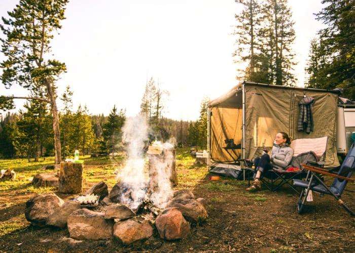 20 gợi ý đi cắm trại cần mang theo những gì ĐẦY ĐỦ NHẤT