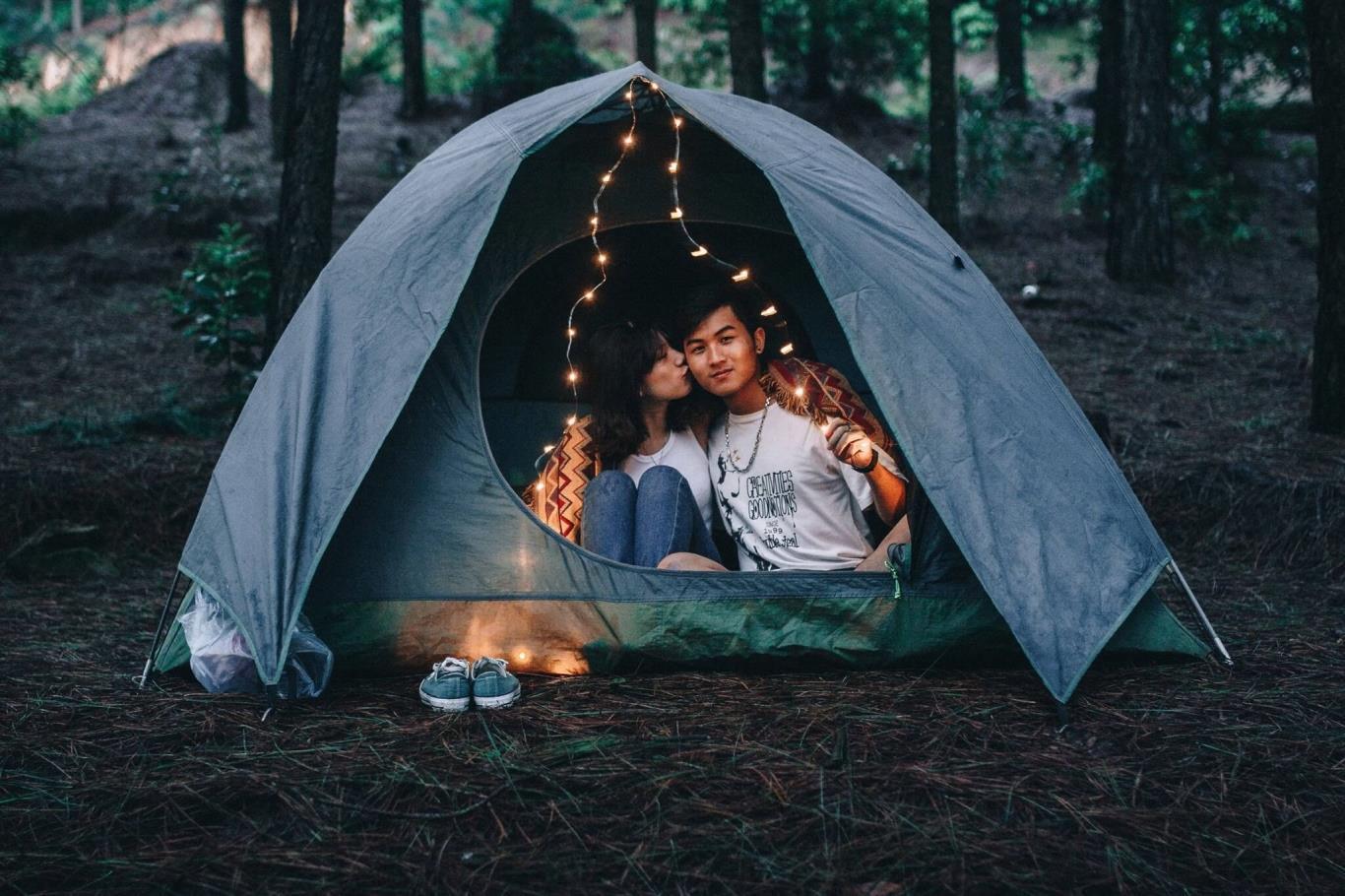 Hàm Lợn là điểm cắm trại lý tưởng cho các cặp đôi