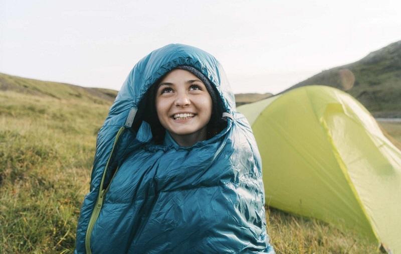 Top 5 túi ngủ tốt nhất khi đi du lịch, phượt, leo núi
